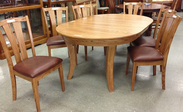 Solid Oak 4 Swan Leg table with Leather seat chairs lifetime Warrenty