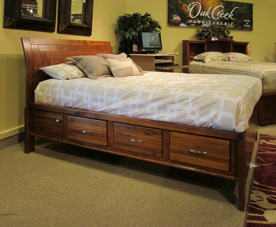 9/2014 USA made Matrix Queen bed