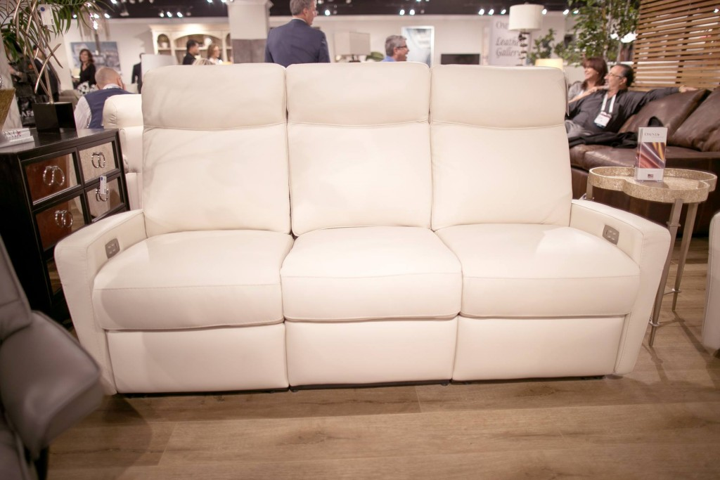 Omnia Leather 51 USA Furniture Oregon